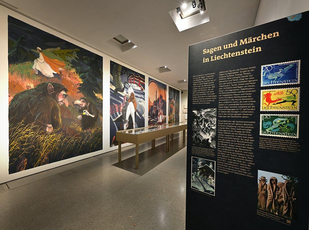 Einblick in die Ausstellung Märchen, Sagen und Symbole 3, Liechtensteinisches LandesMuseum, Beham Sven
