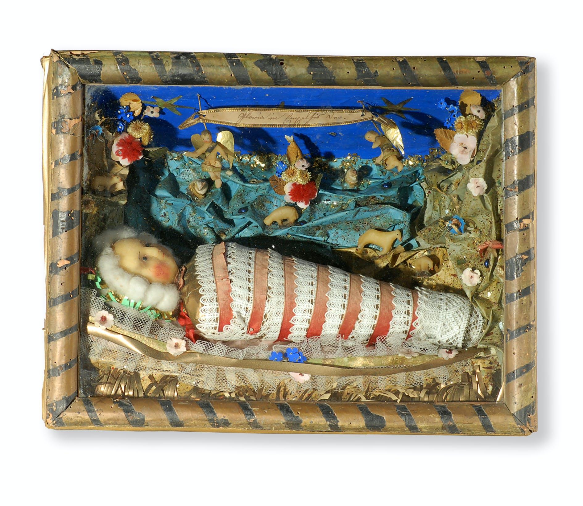 2. Bild mit Fatschenkind, Klosterarbeit, 28 x 35.5 x 12 cm, Herkunft unbekannt, keine Angaben zur Datierung
