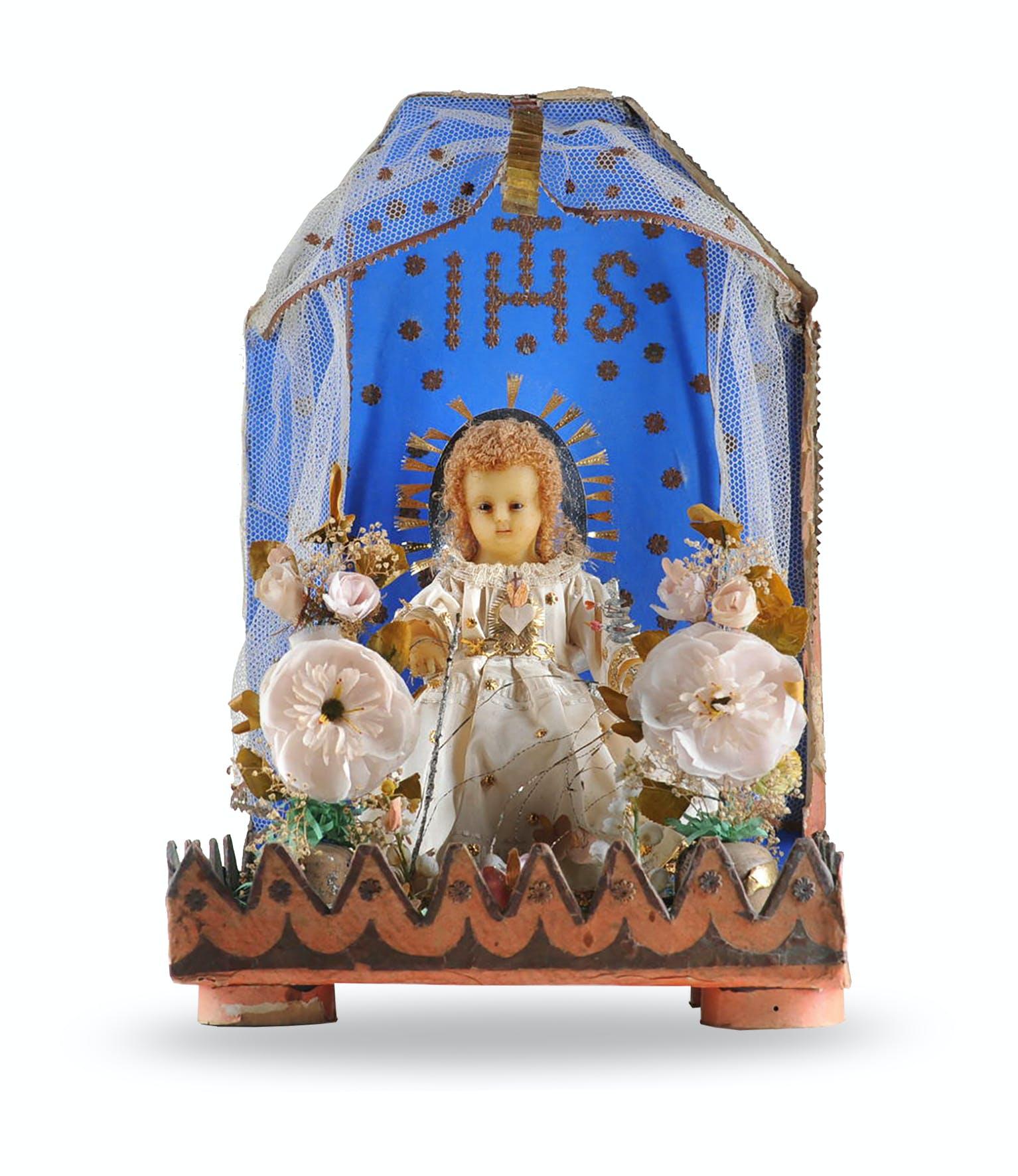 7. Häuschen mit Jesuskind, Klosterarbeit, 20 x 30 x 5 cm, Herkunft unbekannt, wohl um 1900